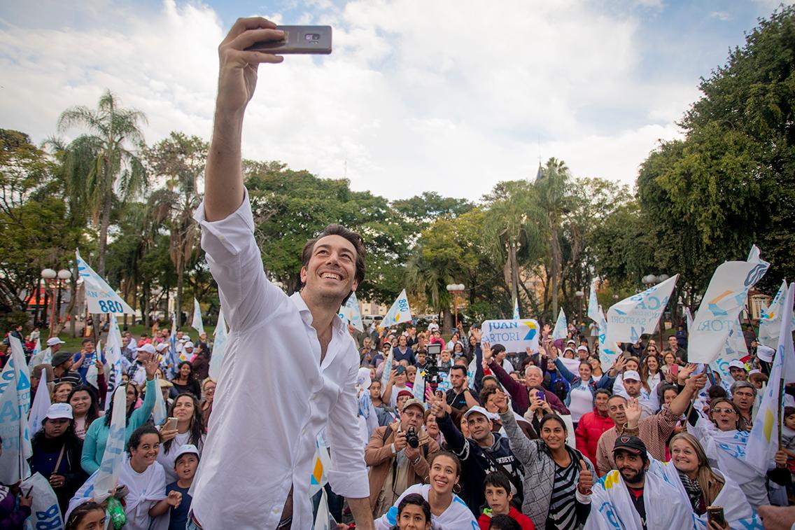 Selfie grupal Juan Sartori